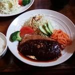 エル・エヴァンス - 名物のコロッケ定食