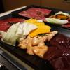 焼肉大邱 小野田 - 料理写真:レバー¥650      丸腸¥700       タン¥850