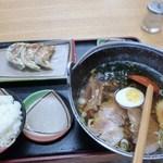 登竜 - ラーメン定食Aセット(880円)