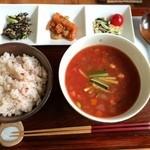 幸 - 料理写真:スープランチ750円☆