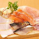 海の厨 膳丸 - 新名物!海鮮スモーク&ハムのプラッター980円税抜