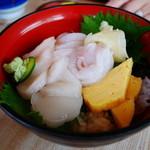 29468036 - ホタテ丼(活ホタテ・魚刺)¥1800