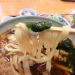うどん福松 - 僕の『福松定食(温かいうどん)刺身付』780円。5