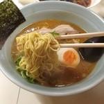 麺々わっしゅ!! - 味噌豚骨辛口「ぴりみん\600円」極細たまご麺、細いんだよぉどストライク( ๑˃̶ ॣꇴ ॣ˂̶)⁺