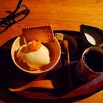 まつは - 今日のお食事についてくるデザートと飲み物(コーヒー)。