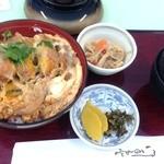 福岡国際カントリークラブ - カツ丼様(1111円税別)のご登壇!