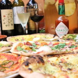 コスパ◎本格石窯で焼いたピッツァがALL500円