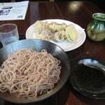 29493322 - 1人前(お皿です)+まいたけ天ぷら(ハーフ)