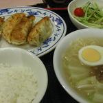 台湾風味 ミスターヤン - 本日のランチ 焼き餃子+台湾屋台ラーメン