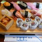 美晴鮓 - 071122美晴鮨の大量寿司