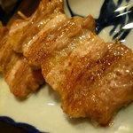旨いもん屋 ごち - 秀麗豚の串焼き