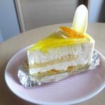 サー・トーマス・リプトン - ゆずレアチーズケーキ¥480