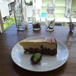 アンノン クック  - あずきと豆腐のレアチーズケーキ