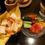 蔵deパスタ - チーズフォンデュ材料