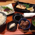 河野 - 焼き魚定食 850円