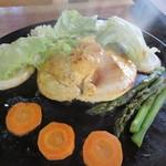 山乃家 - 知床鶏のステーキ1500円