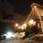 galerie+wine cafe TURM - 冬の外観夜