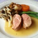 ビランシア - メイン 鴨肉のロースト 梅酒ソース