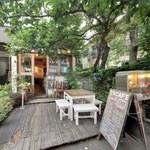 金魚CAFE - 代々木のカフェといえば、金魚カフェでしょう。
