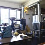 沖縄セラードコーヒー - 大きな焙煎の機械