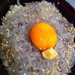 高瀬 - ランチは静岡直送のシラス丼を1000円でご用意!