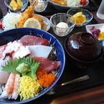 ぶんぶく - 海鮮丼ランチ