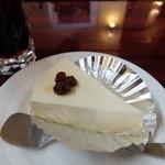 サクラヤ コーヒー - チーズケーキ