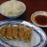 くるめラーメン - ご飯と餃子