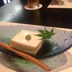 食べ菜 なんば - 料理写真:自家製胡麻豆腐うまーー!
