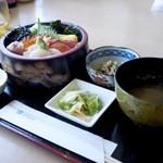 旬菜工房 海洋 - 海鮮丼