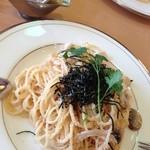 カフェレストラン・バルーガ - たらことヤリイカのパスタ