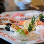 魚大将 - 料理写真:なんとか寿司