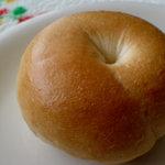 パン家のどん助 - プレーンベーグル 100円ちょい