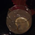 LB - お酢のドリンク ゆらゆらのグラスで♪