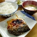 大盛食堂 - 焼き魚