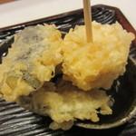 うどん 丸香 - 日替り野菜天盛り 250円