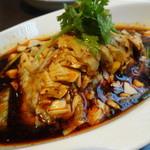 四川料理 天華 - 四川名菜よだれ鶏アップ