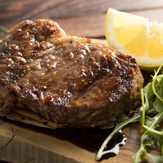 【肉料理】名物豪快炭火焼き肉&串焼き