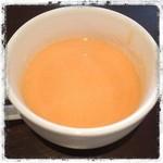 レストラン&バー ウッド・スプーン - ランチのニンジンのポタージュスープ すっごくコクがあって旨い!
