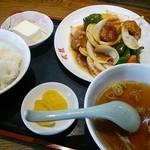 武龍 - 2014.08酢豚定食(630円)
