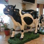 高雄牛乳大王 - 店内の牛チャン