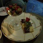 オーセントホテル小樽 キャプテンズ・バー - オリジナルの生チョコレートとキスチョコ