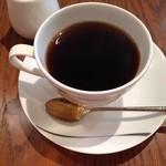 29584718 - ホットコーヒーとスフレはベストマッチ。