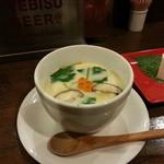 五島食堂マコイチ - 茶碗蒸し&恋豆腐(食べかけ)