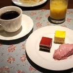 レストランアラスカ - 千円食べ放題のデザート