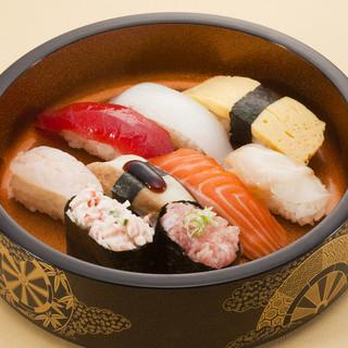 平日はお得でボリューム満点の寿司ランチ★