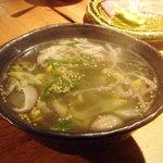 炭火焼肉 えん - もやしスープ