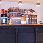 ガザーラ カフェ - 店内カウンター