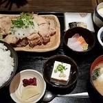 29601491 - 「鶏一枚揚げポン酢定食」880円。