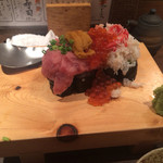 魚真 - 乗っけ寿司1500円